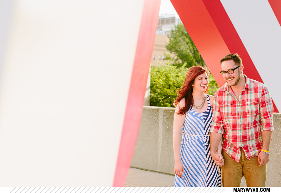 jessmark-toledo-wedding-photographer-downtown-toledo-engagement-07.jpg