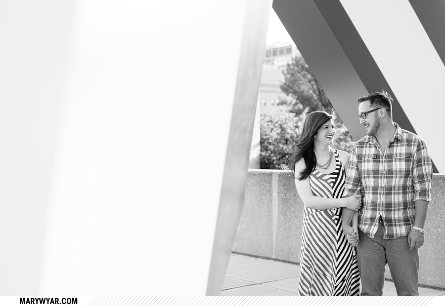 jessmark-toledo-wedding-photographer-downtown-toledo-engagement-08.jpg
