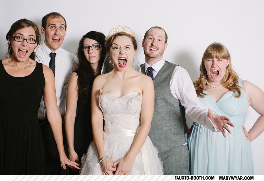 Clair-toledo-nazareth-hall-wedding-photographer-photobooth-Fauxto-Booth-13.jpg