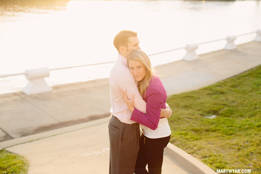 megstu-cleveland-wedding-photographer-downtown-cleveland-engagement-14.jpg