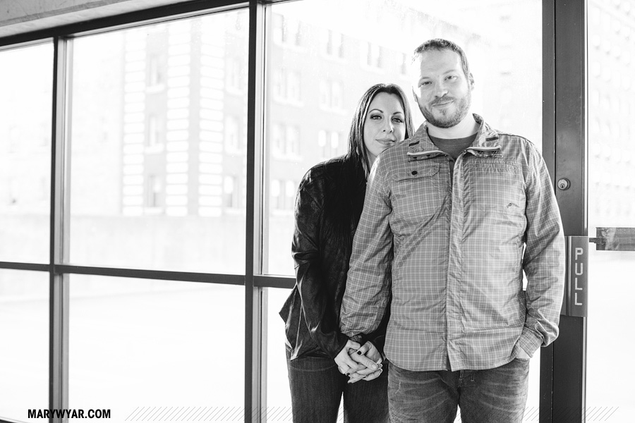 SarahChris-toledo-wedding-photographer-downtown-toledo-engagement-10.jpg