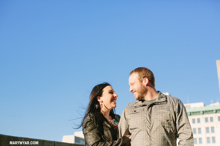 SarahChris-toledo-wedding-photographer-downtown-toledo-engagement-17.jpg