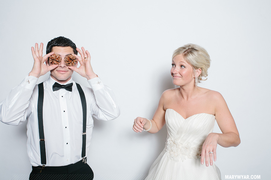 Stark-Toledo-wedding-photographer-photobooth-Fauxto-Booth-11.jpg
