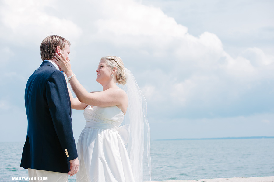FaithJeff-put-in-bay-wedding-photographer-nautical-32.jpg