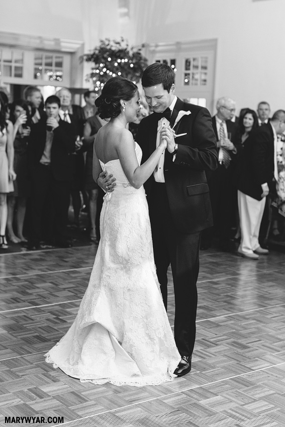 BrennaPatrick-Toledo-Wedding-Photographer-Inverness-Club-38.jpg