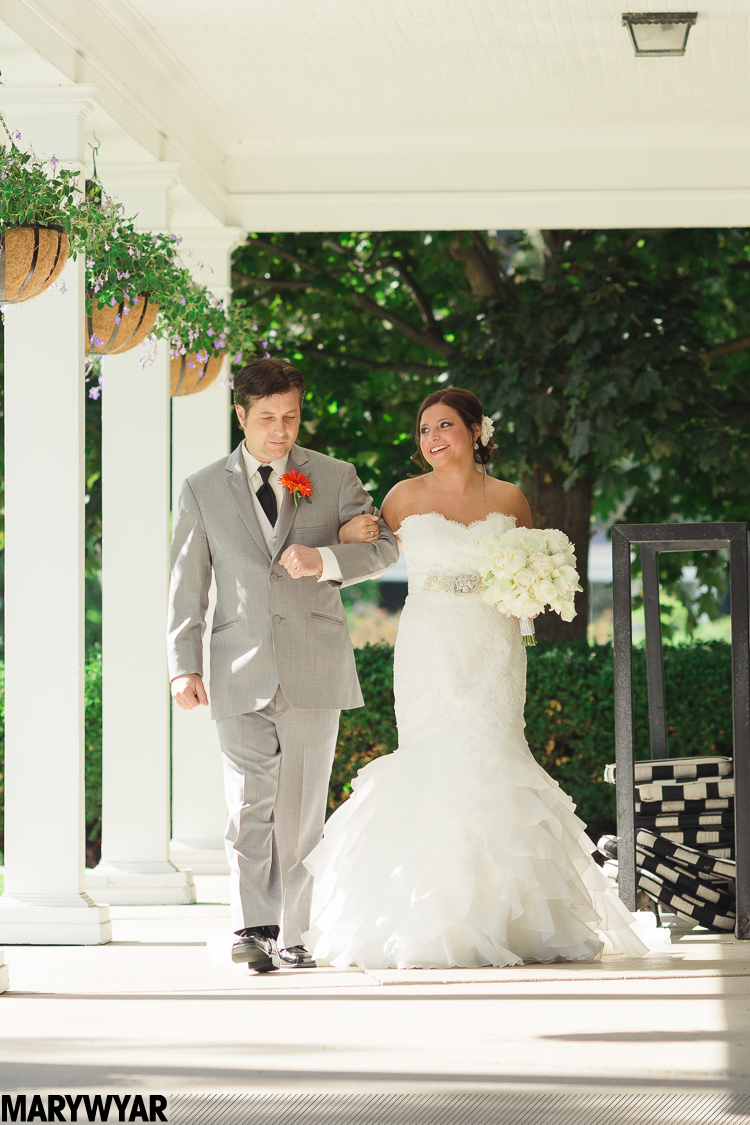 ToledoCountry Club Wedding Photos21.jpg