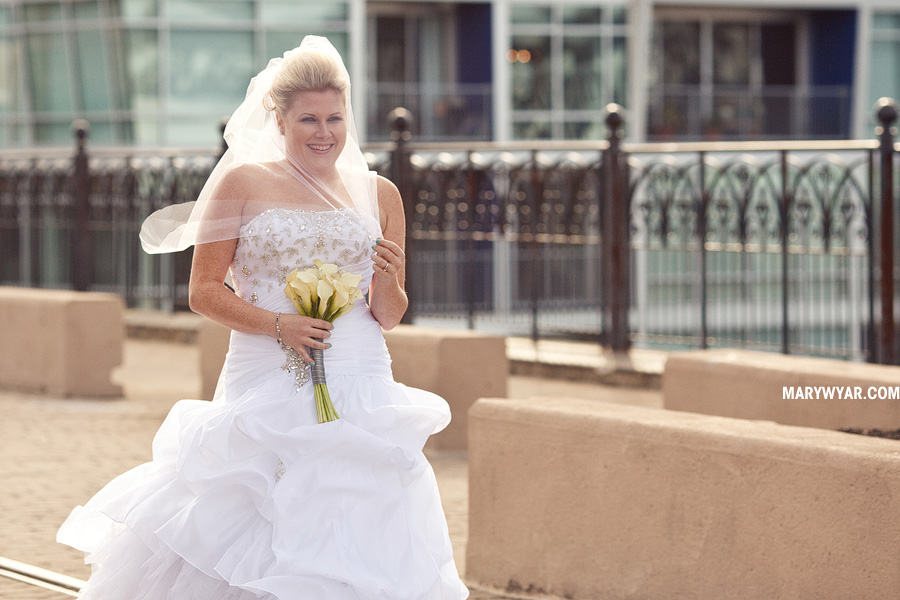 Cleveland wedding photographer sammys downtown