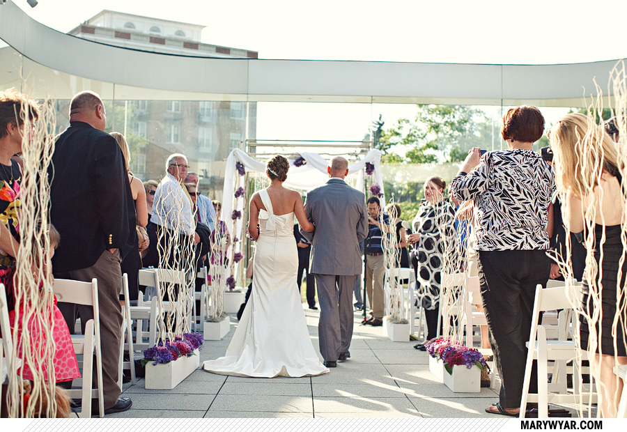 Toledo Wedding Photographer Glass Pavilion-41