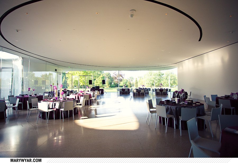 Toledo Wedding Photographer Glass Pavilion-49