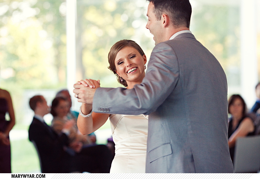 Toledo Wedding Photographer Glass Pavilion-53