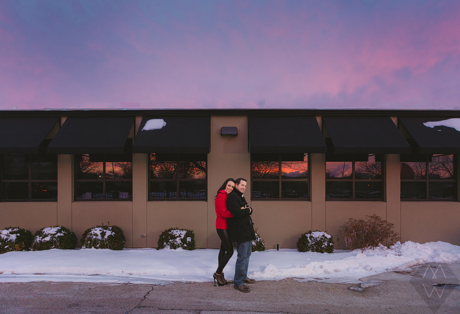toledo wedding photographer downtown sunrise engagement session