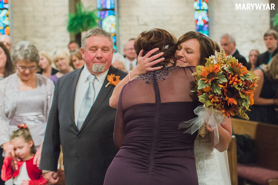 toledo-ohio-winter-wedding-photos-lourdes-sylvania