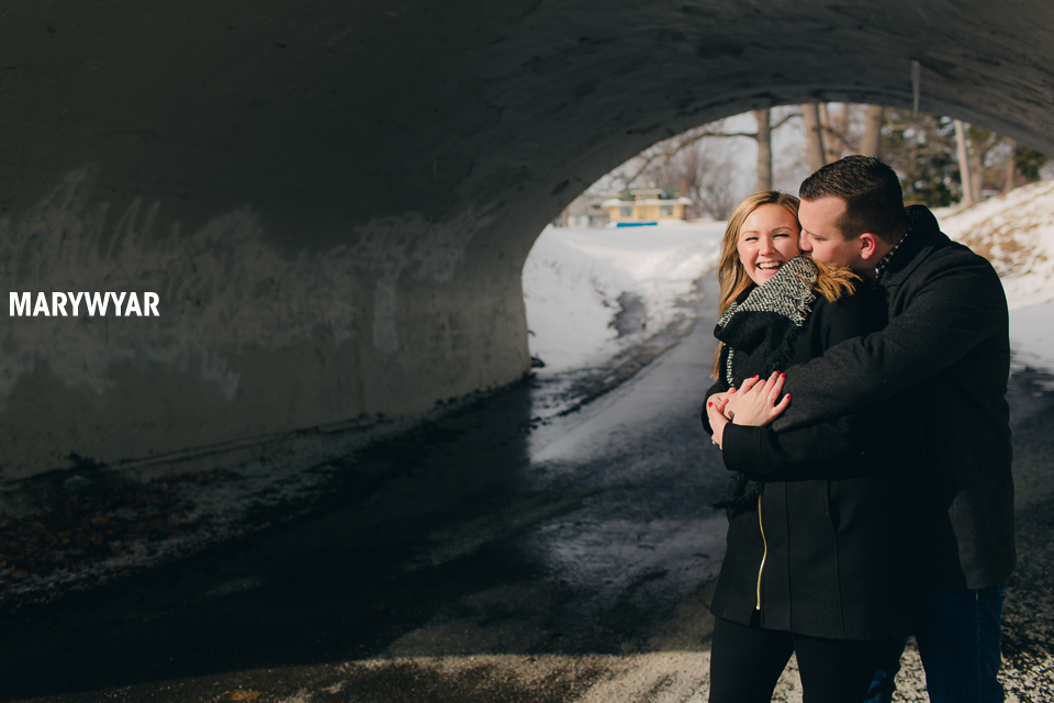 Toledo-Winter-Engagement-Photos-LaurenBrodie-05