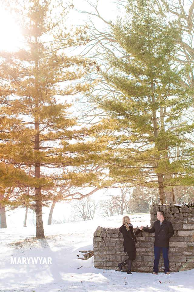 Toledo-Winter-Engagement-Photos-LaurenBrodie-12