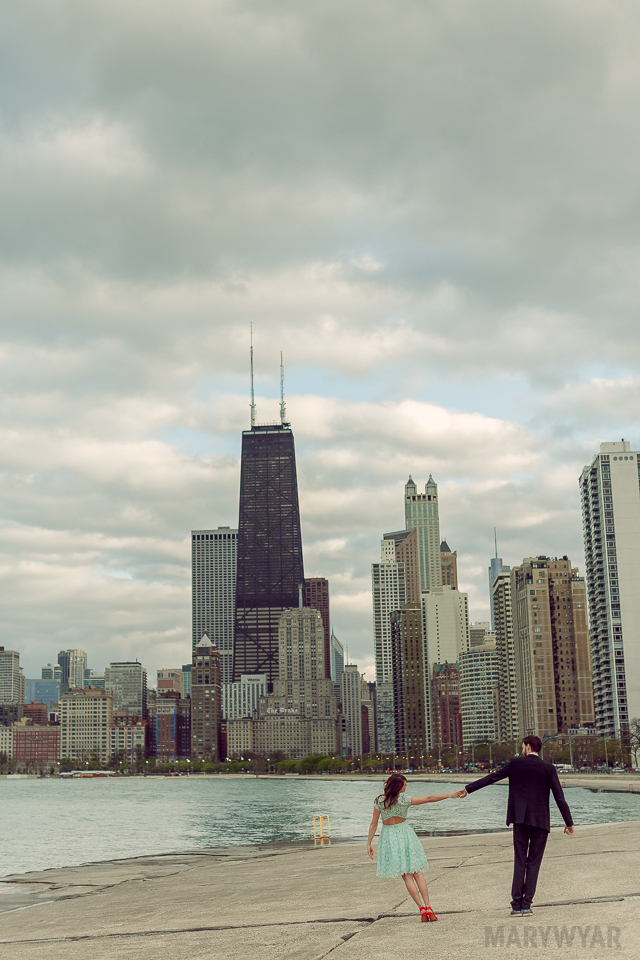 Chicago-Skyline-Engagement-Photos-09