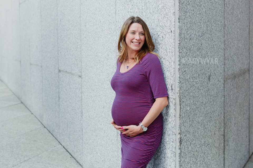 Toledo-Maternity-Baby-Bump-Downtown-Modern-Photos-01