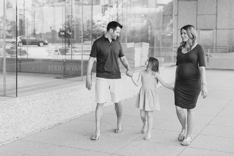 Toledo-Maternity-Baby-Bump-Downtown-Modern-Photos-06