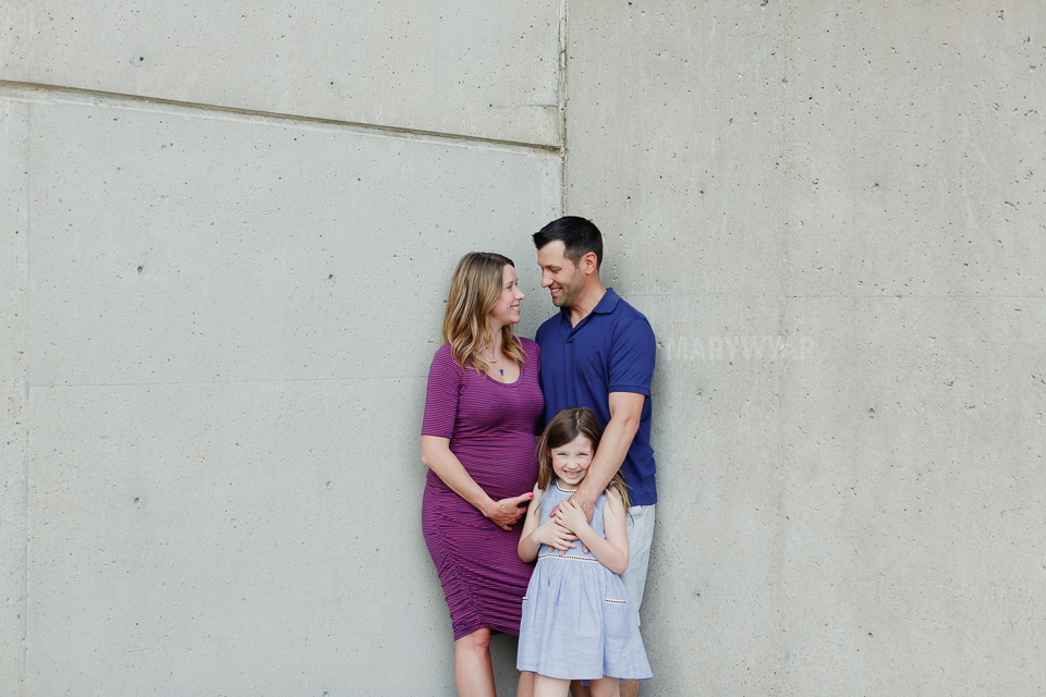 Toledo-Maternity-Baby-Bump-Downtown-Modern-Photos-09