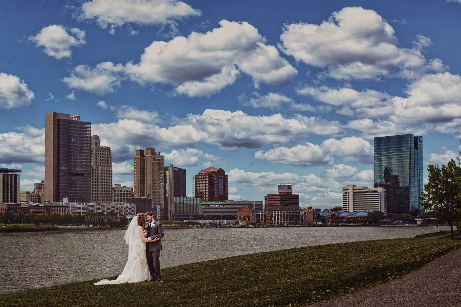 Toledo skyline wedding photos