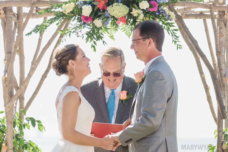 Catawba-Island-Club-Wedding-Photos-26