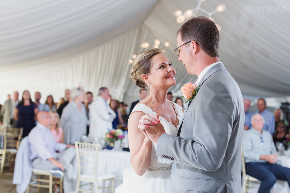 Catawba-Island-Club-Wedding-Photos-34