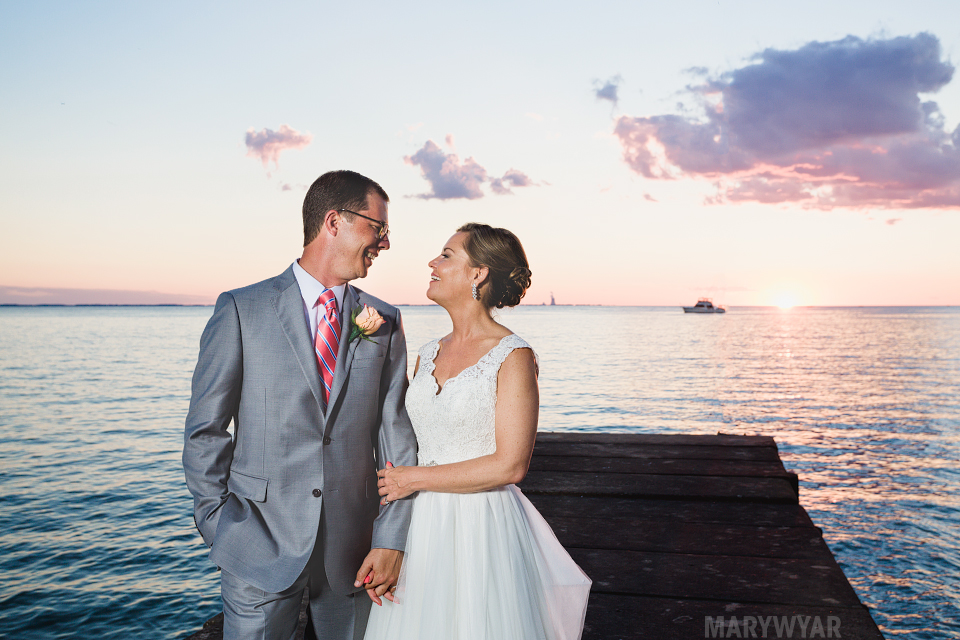 Catawba-Island-Club-Wedding-Photos-36