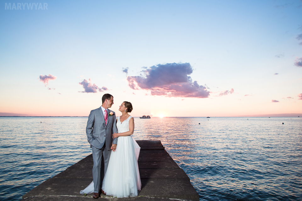 Catawba-Island-Club-Wedding-Photos-37
