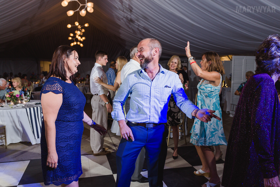 Catawba-Island-Club-Wedding-Photos-43