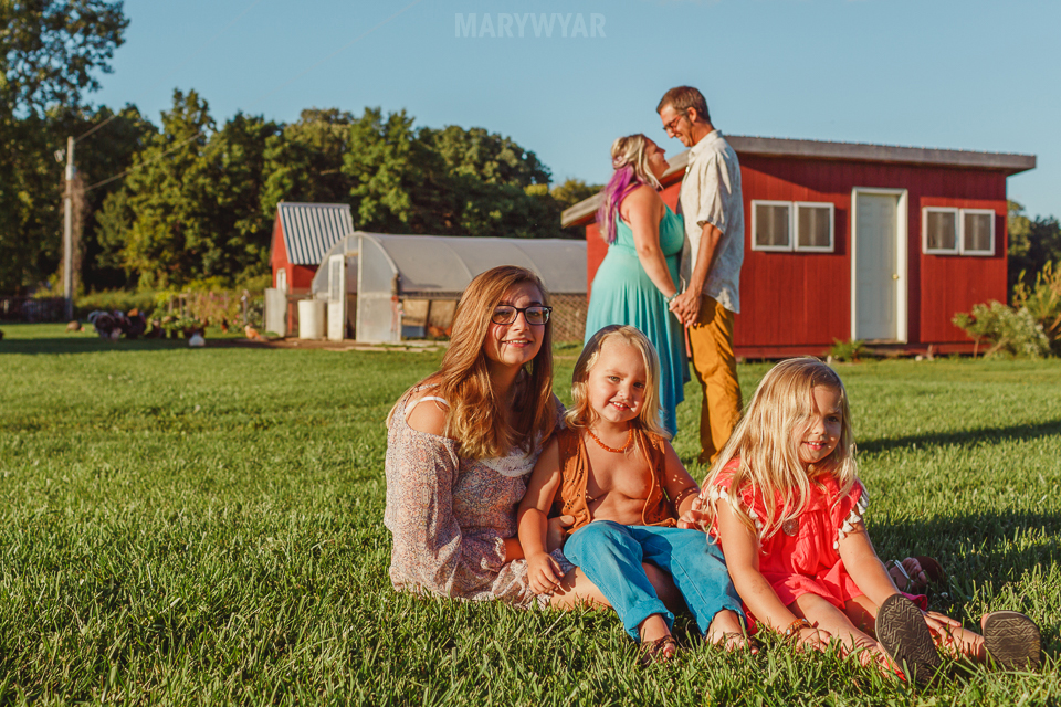 Farm-Hippie-Styled-Egg-Family-photos-001
