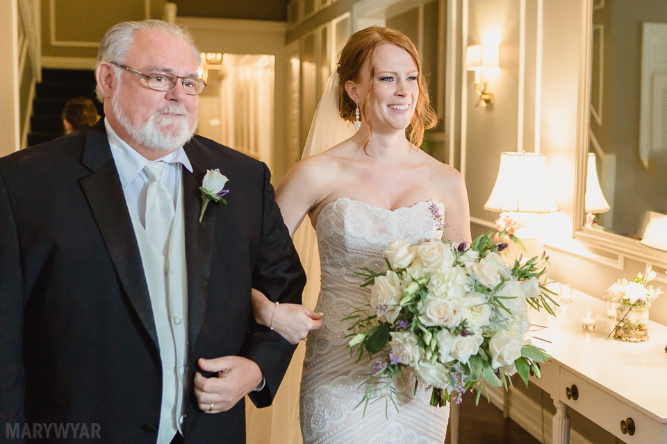 Toledo-Country-Club-Wedding-Photos-Indoor-Ceremony-0031
