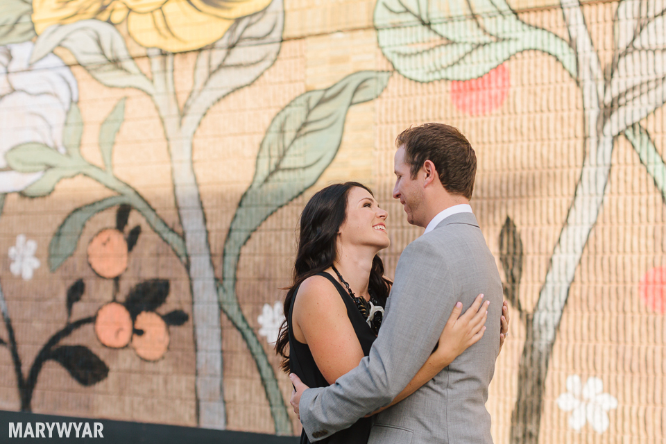 downtown-toledo-engagement-photos-05