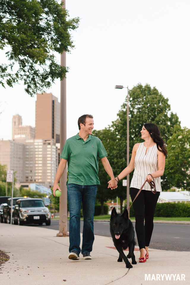 downtown-toledo-engagement-photos-16