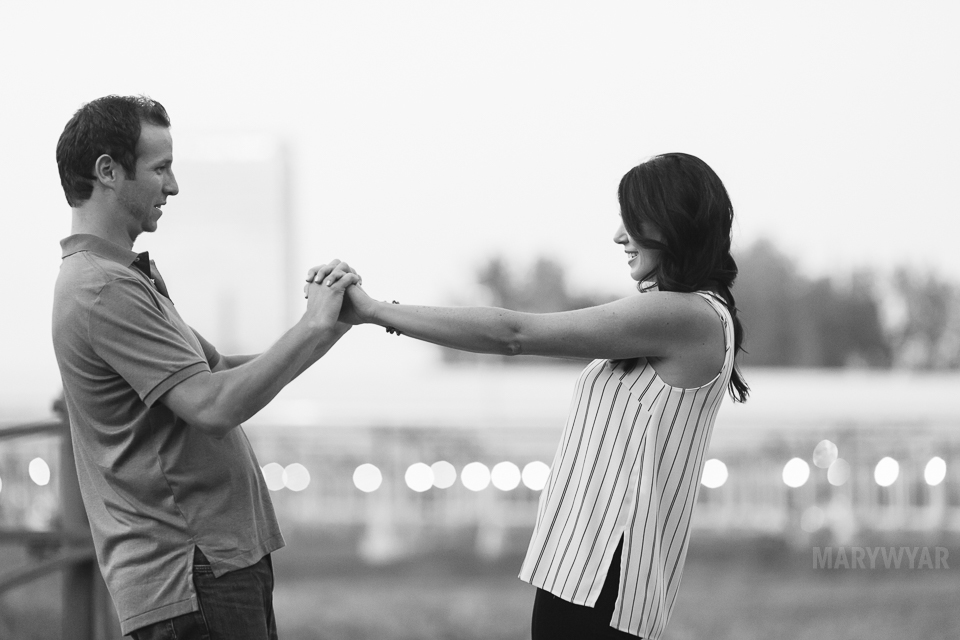 downtown-toledo-engagement-photos-18