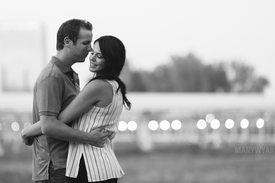 downtown-toledo-engagement-photos-19