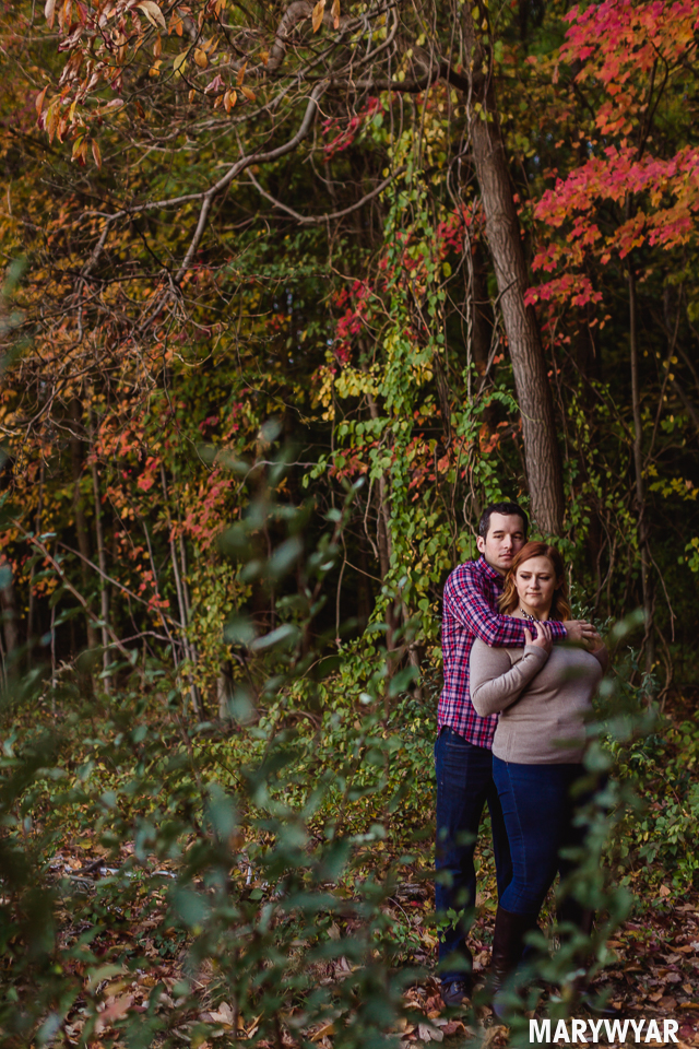 Toledo-fall-engagement-photos-wildwood-park-006