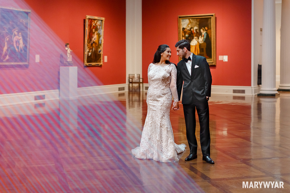 Toledo-museum-of-art-wedding-photos-003