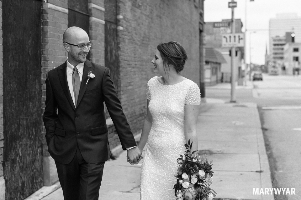 black and white noir wedding photos toledo photography-017