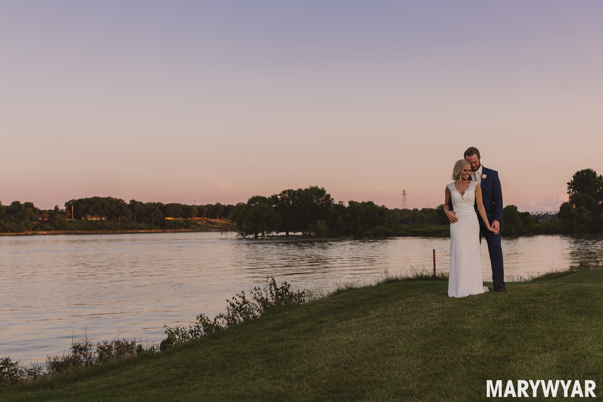 Toledo Country Club Wedding Photo