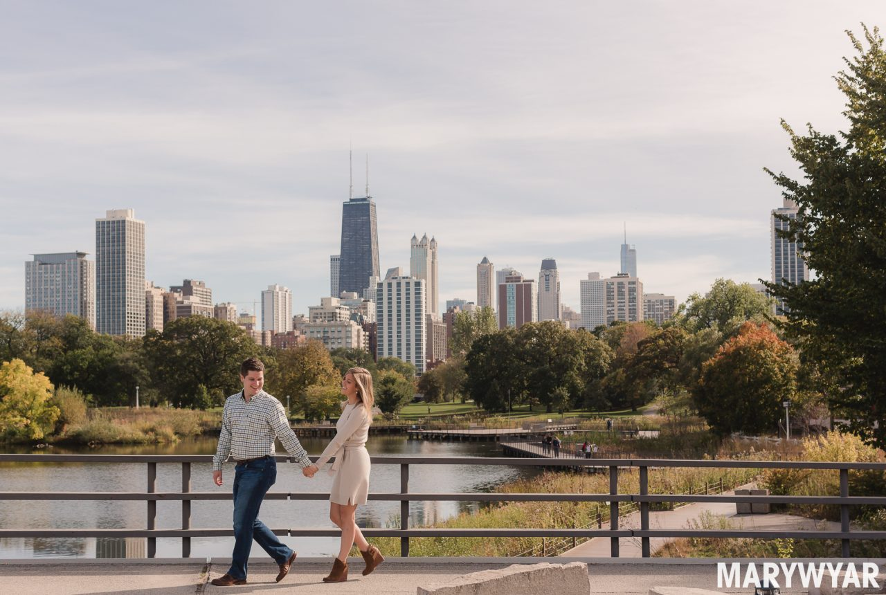 Chicago engagement photos Lincoln Park Fall