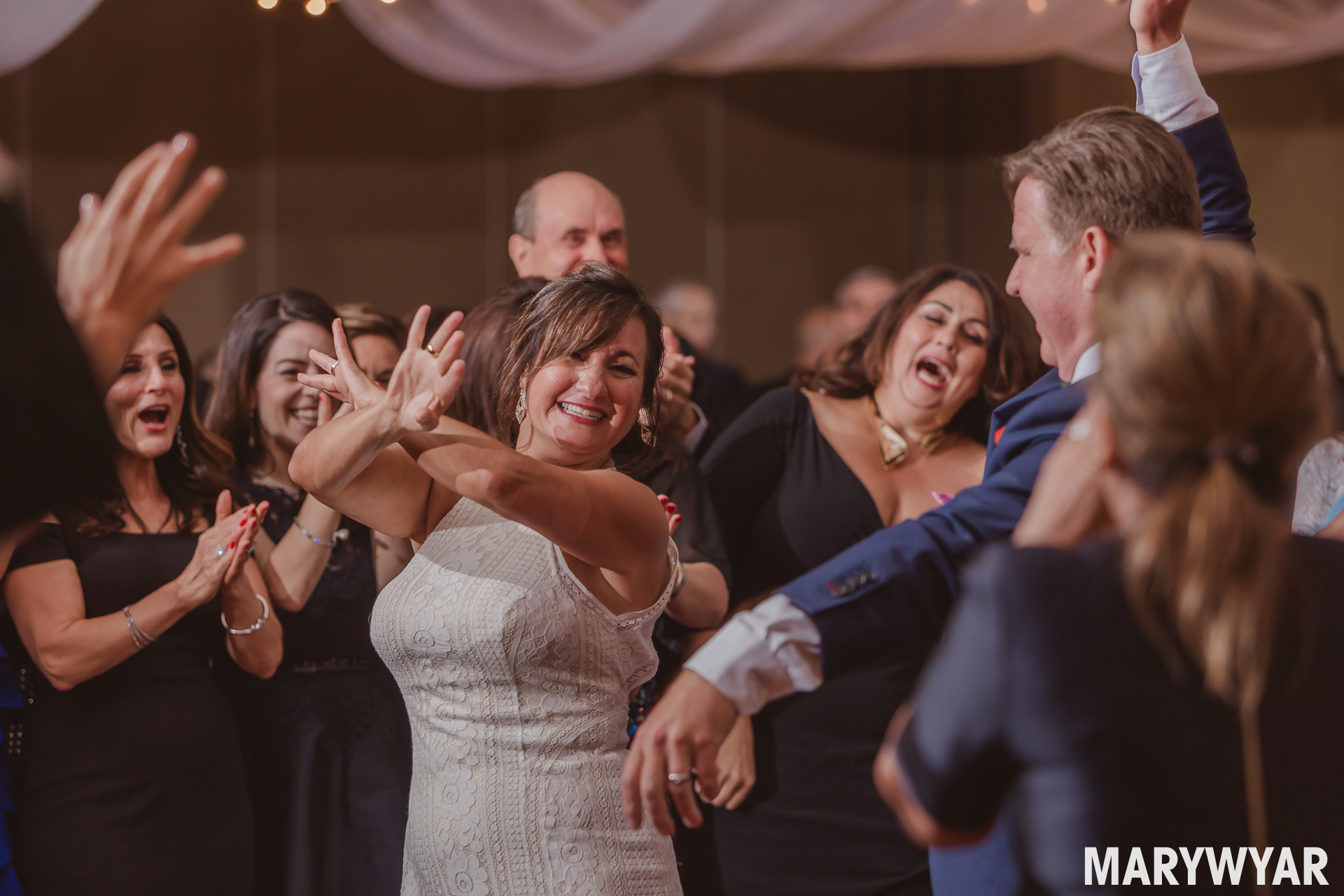 Perrysburg Hilton Garden Inn Wedding Photos HGI Toledo