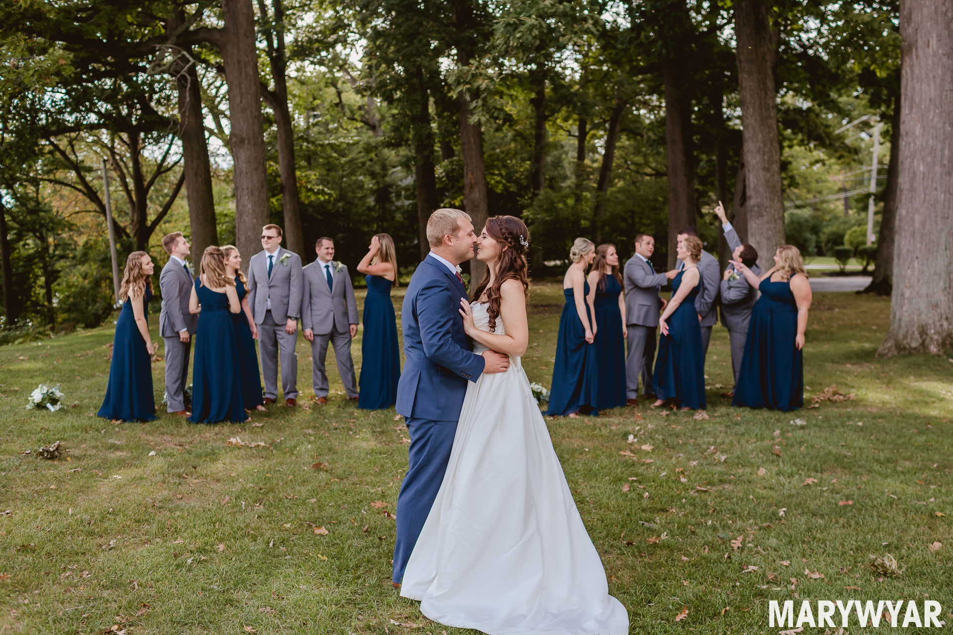 toledo country club fall wedding photos