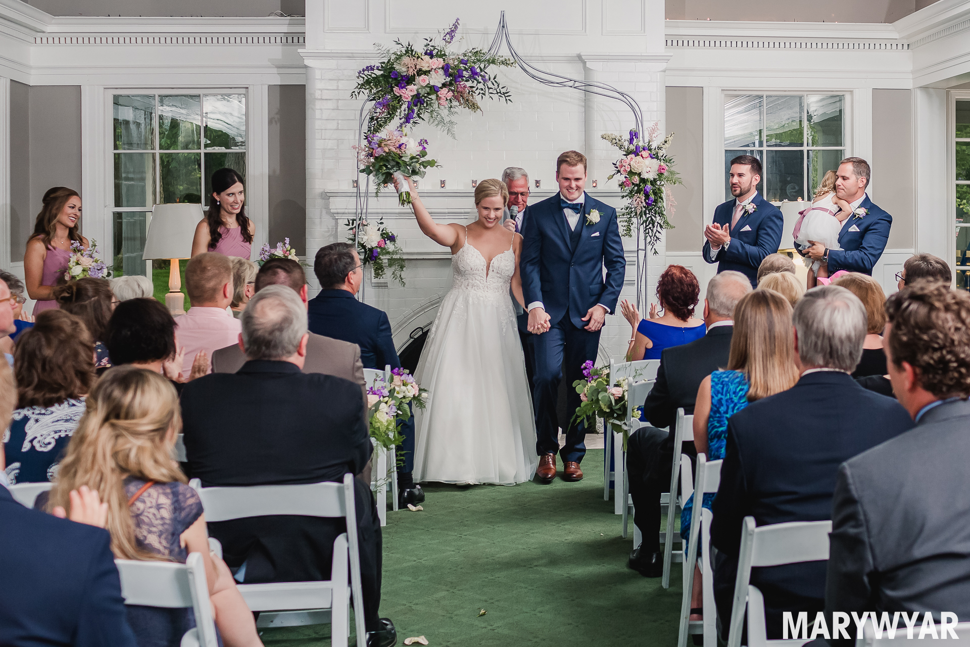 Toledo Country Club indoor wedding ceremony photos